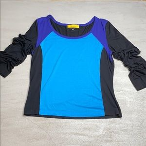 ST. JOHN Black and Blue Colorblock Top